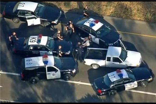 تعقیب و گریز نفس گیر پلیس و سارق خودرو در خیابان های شهر