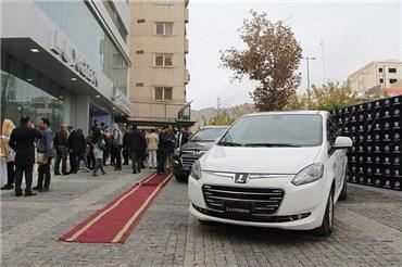 اختصاصی خودرونما - مراسم افتتاح اولین شوروم برند لوکسژن در ایران