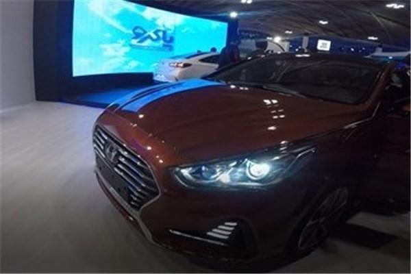 نگاهی غرفه شرکت پاکرو سبز قشم در نمایشگاه خودرو تهران