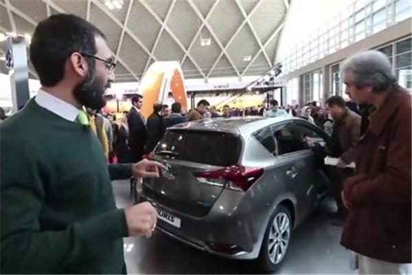 اختصاصی خودرونما - نگاهی به خودرو آئوریس تویوتا در غرفه ایرتویا در نمایشگاه خودرو تهران