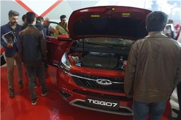 اختصاصی خودرونما - نگاهی به غرفه چری در نمایشگاه خودروی تهران