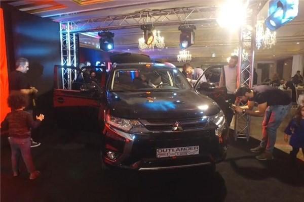 اختصاصی خودرونما - رونمایی از اولین شاسی بلند پلاگین هیبرید کشور، میتسوبیشی اوتلندر در هتل اسپیناس پالاس