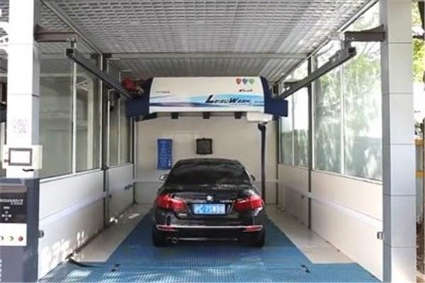 ویدیو جالب شستشوی ۳۶۰ درجه و بدون تماس مستقیم با خودرو