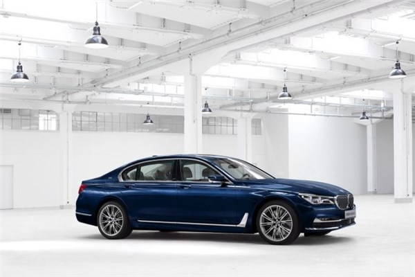 تیزر بسیار زیبای  BMW سری ۷ Individual ؛ هنر منحصر به فرد ب ام و