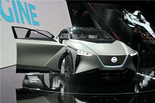 موتور شو ژنو ۲۰۱۸ : کنفرانس خبری نیسان و رونمایی از SUV کانسپت الکتریکی IMx Kuro