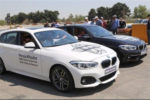 اختصاصی خودرونما - تست درایو ب ام و سری۱ قوی ترین هاچ بک حال حاضر بازار ایران در پیست آزادی
