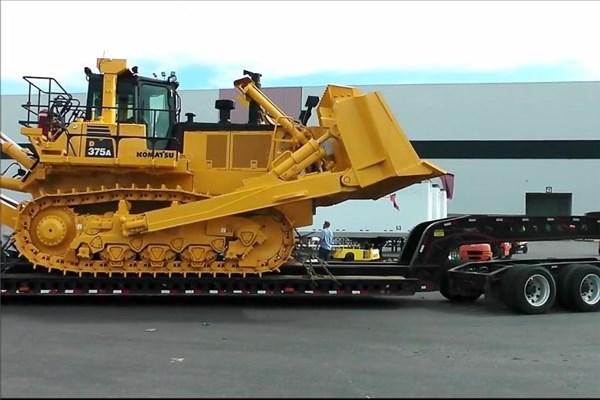 ماشین آلات راهسازی سنگین و عظیم الجثه را ببینید
