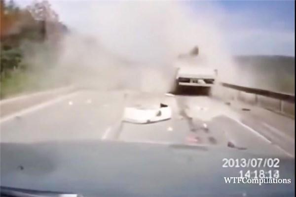 مجموعه ویدیوهای اشتباهات رانندگی در سال ۲۰۱۸