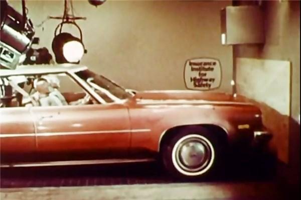 ویدیو جالبی از شبیه سازی یک تصادف در دهه ۷۰میلادی