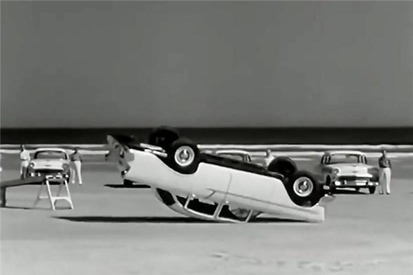 تست های امنیت خودروهای شورولت در دهه ۵۰