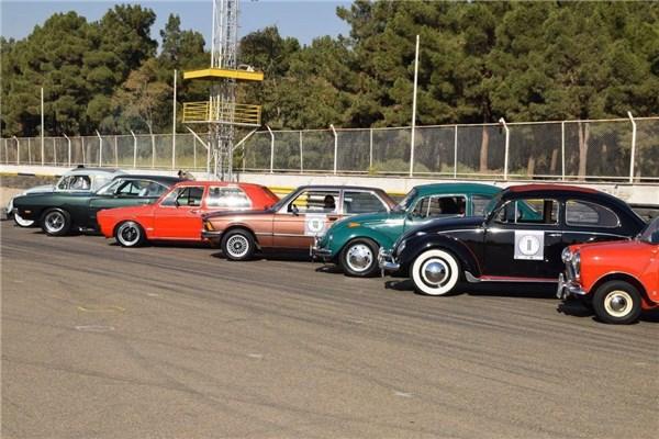 رژه با ارزش ترین خودروهای کلاسیک ایران از تهران تا خزر