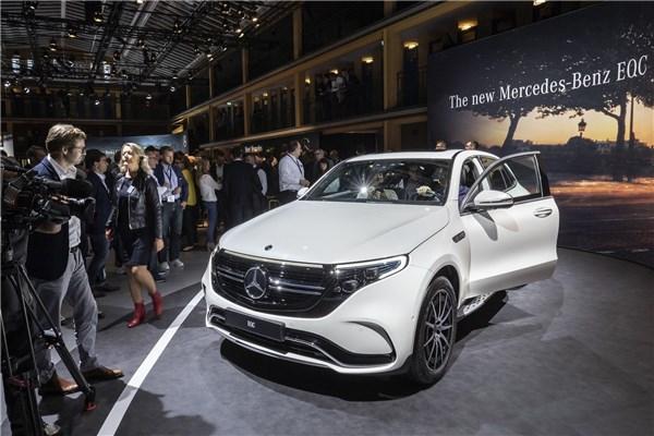نمایشگاه خودرو پاریس (۲۵): نخستین خودرو تمام الکتریکی مرسدس بنز را ببینید