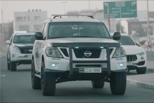 وقتی پلیس دوبی قدرتش را به رخ می کشد