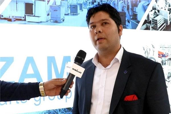 مصاحبه با تقی نژاد معاونت بازاریابی گروه قطعات عظام در نمایشگاه قطعات خودرو ۹۷