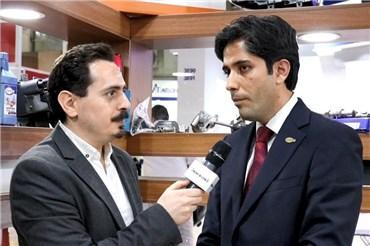 مصاحبه با مهدی خانی مدیرعامل شرکت دیناپخش در نمایشگاه قطعات خودرو ۹۷